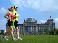 Running in Berlin mit Tourstart am Brandenburger Tor, Siegessäule oder Tiergarten